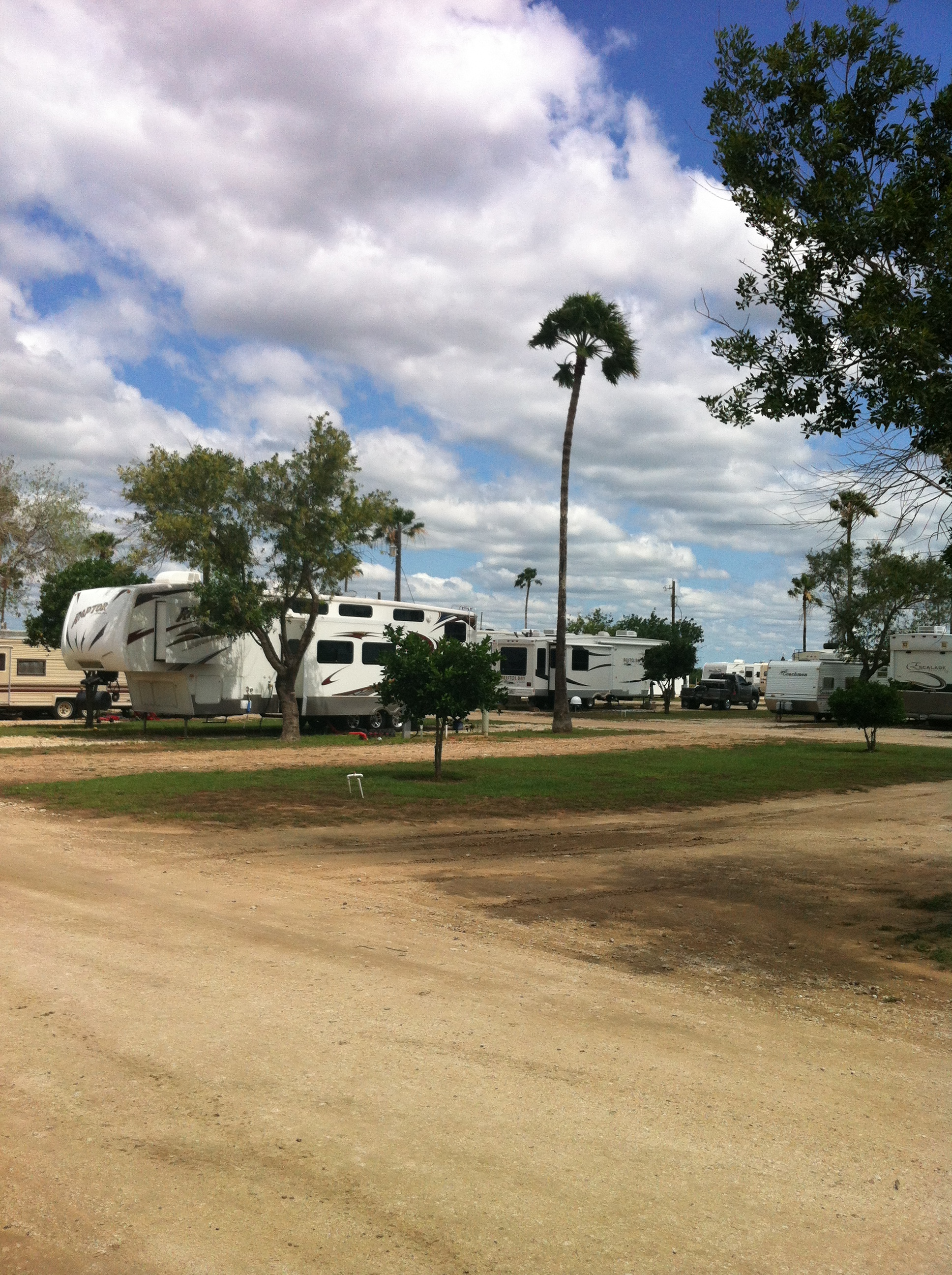 LIKE Valley Gateway RV Park On FACEBOOK